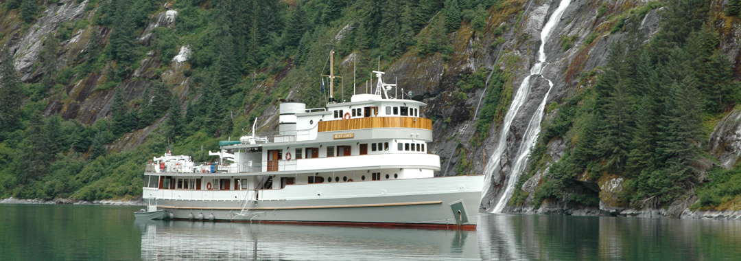 Mist-Cove-at-the-falls